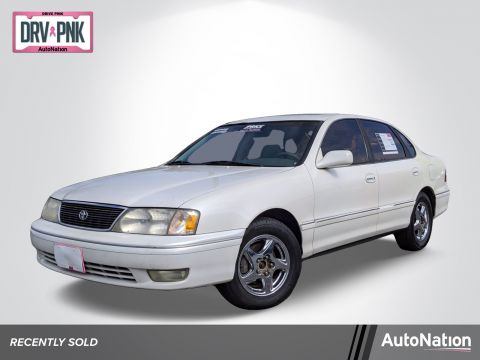 Pre-Owned 1998 Toyota Avalon XL